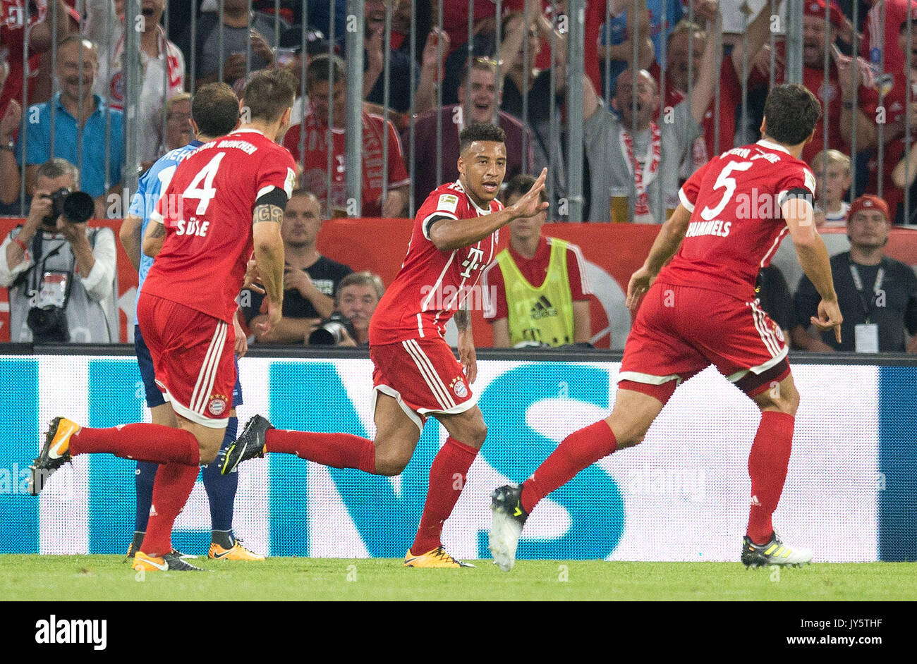 Deutschland. 18th Aug, 2017. Torjubel zum 2-0 durch Corentin TOLISSO (FC Bayern)/Mitte. GES/ Fussball/ 1. Bundesliga: FC Bayern Munich - Bayer 04 Leverkusen, 18.08.2017 -- Football/ Soccer 1st. German Bundesliga Division: Bavaria Munich vs Bayer 04 Leverkusen, Munich, August 18, 2017 | Verwendung weltweit Credit: dpa/Alamy Live News - Stock Image