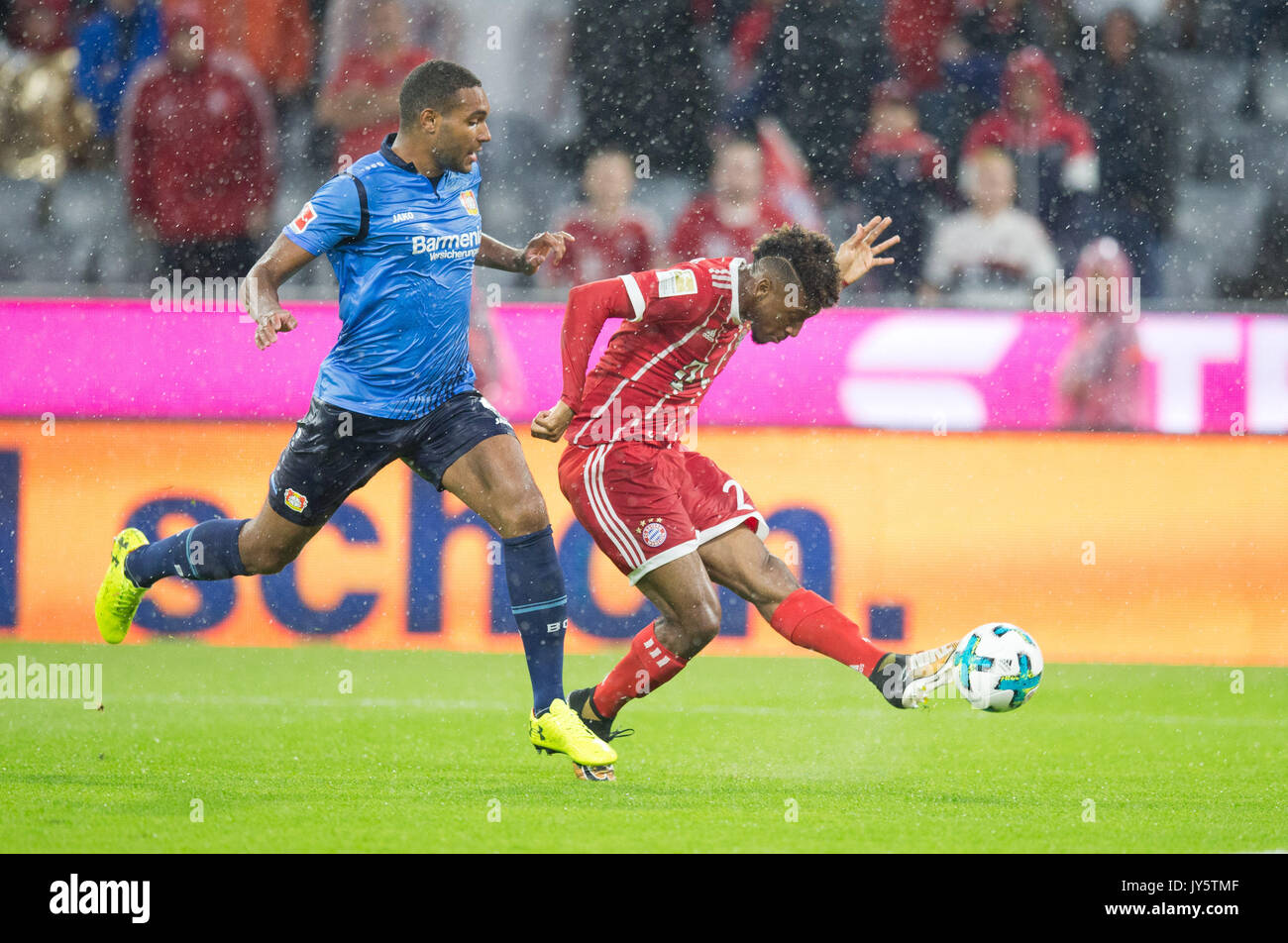 Deutschland. 18th Aug, 2017. Kingsley COMAN (FC Bayern) /re. und Jonathan TAH (Leverkusen) GES/ Fussball/ 1. Bundesliga: FC Bayern Munich - Bayer 04 Leverkusen, 18.08.2017 -- Football/ Soccer 1st. German Bundesliga Division: Bavaria Munich vs Bayer 04 Leverkusen, Munich, August 18, 2017 | Verwendung weltweit Credit: dpa/Alamy Live News - Stock Image