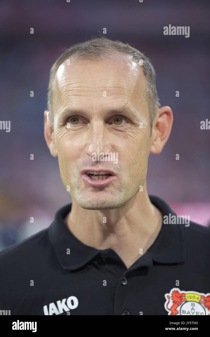 Deutschland. 18th Aug, 2017. Trainer Heiko HERRLICH (Leverkusen), Portrait/Portraet/Portrat/Kopf GES/ Fussball/ 1. Bundesliga: FC Bayern Munich - Bayer 04 Leverkusen, 18.08.2017 -- Football/ Soccer 1st. German Bundesliga Division: Bavaria Munich vs Bayer 04 Leverkusen, Munich, August 18, 2017 | Verwendung weltweit Credit: dpa/Alamy Live News - Stock Image