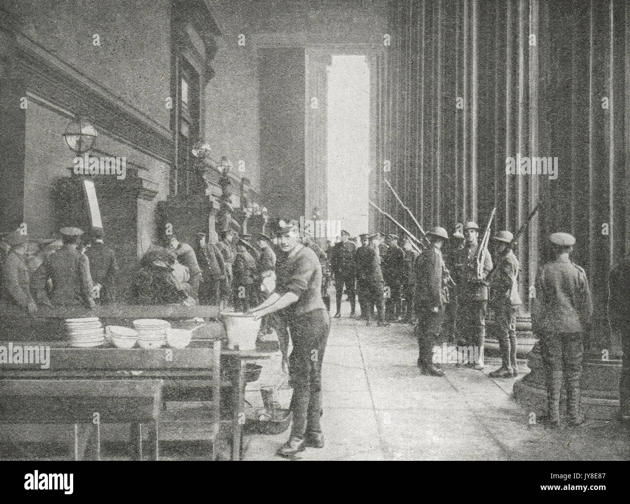 Changing the guard at Liverpool during the great railway strike of 1919 - Stock Image