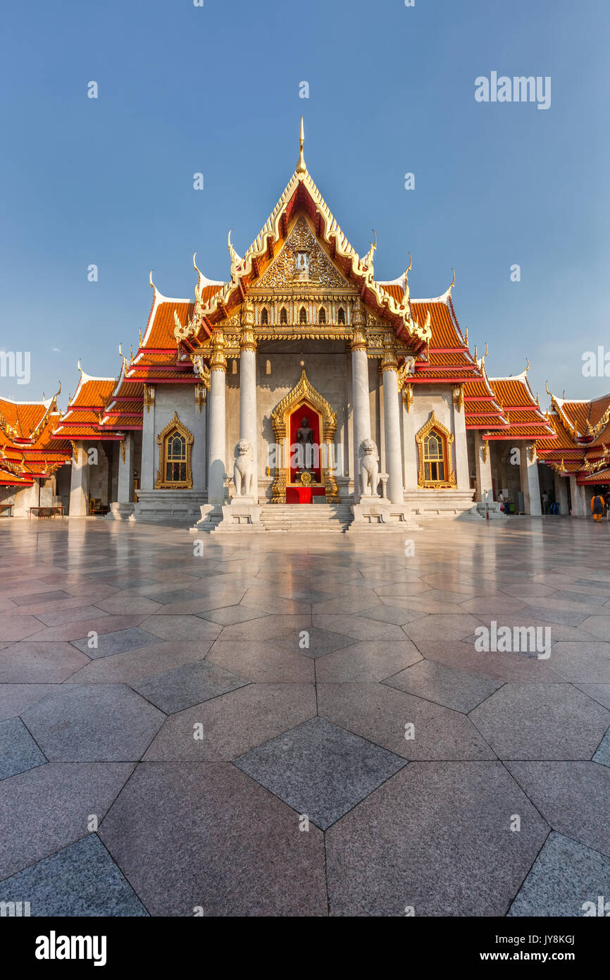 The Marble Temple, Wat Benchamabophit in Bangkok, Thailand - Stock Image