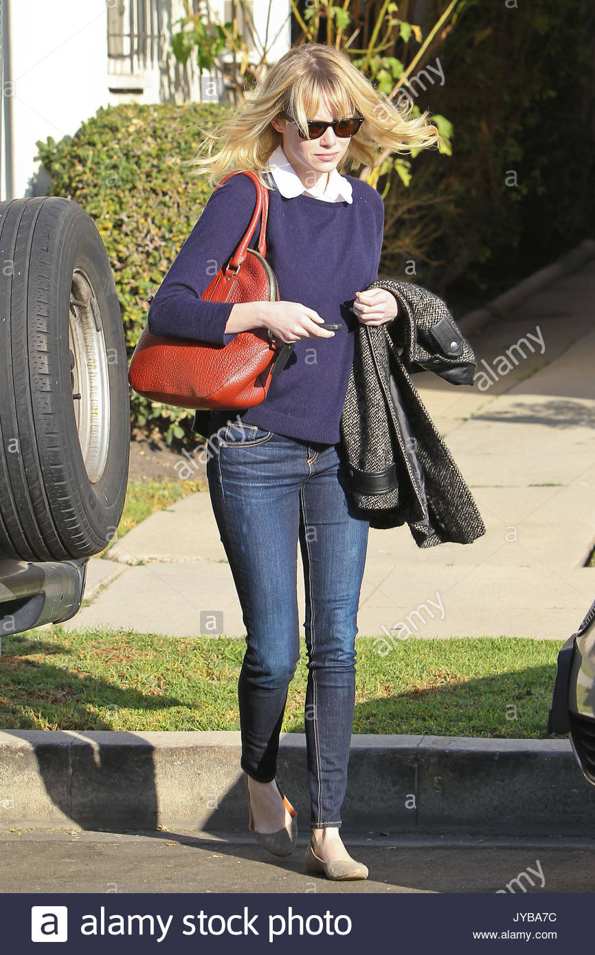 Emma stone leaving a friends house in los angeles - 2019 year