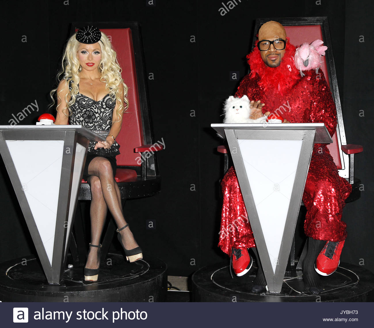 TV personality Kelly Ripa wearing a cigarette girl Halloween costume poses outside u0027Live! With Kelly and Michaelu0027 at ABC Studios in New York City.  sc 1 st  Alamy & Kelly Ripa and Michael Strahan. TV personality Kelly Ripa wearing a ...