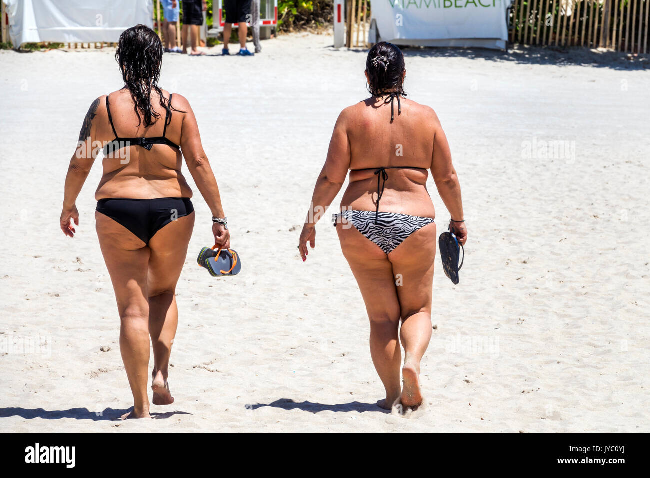 bbw bikini walking cellulite