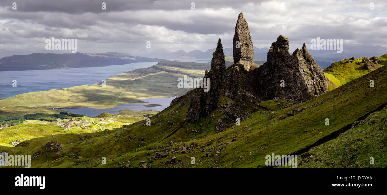 The Old Man of Storr, caught in sunlight - Stock Image
