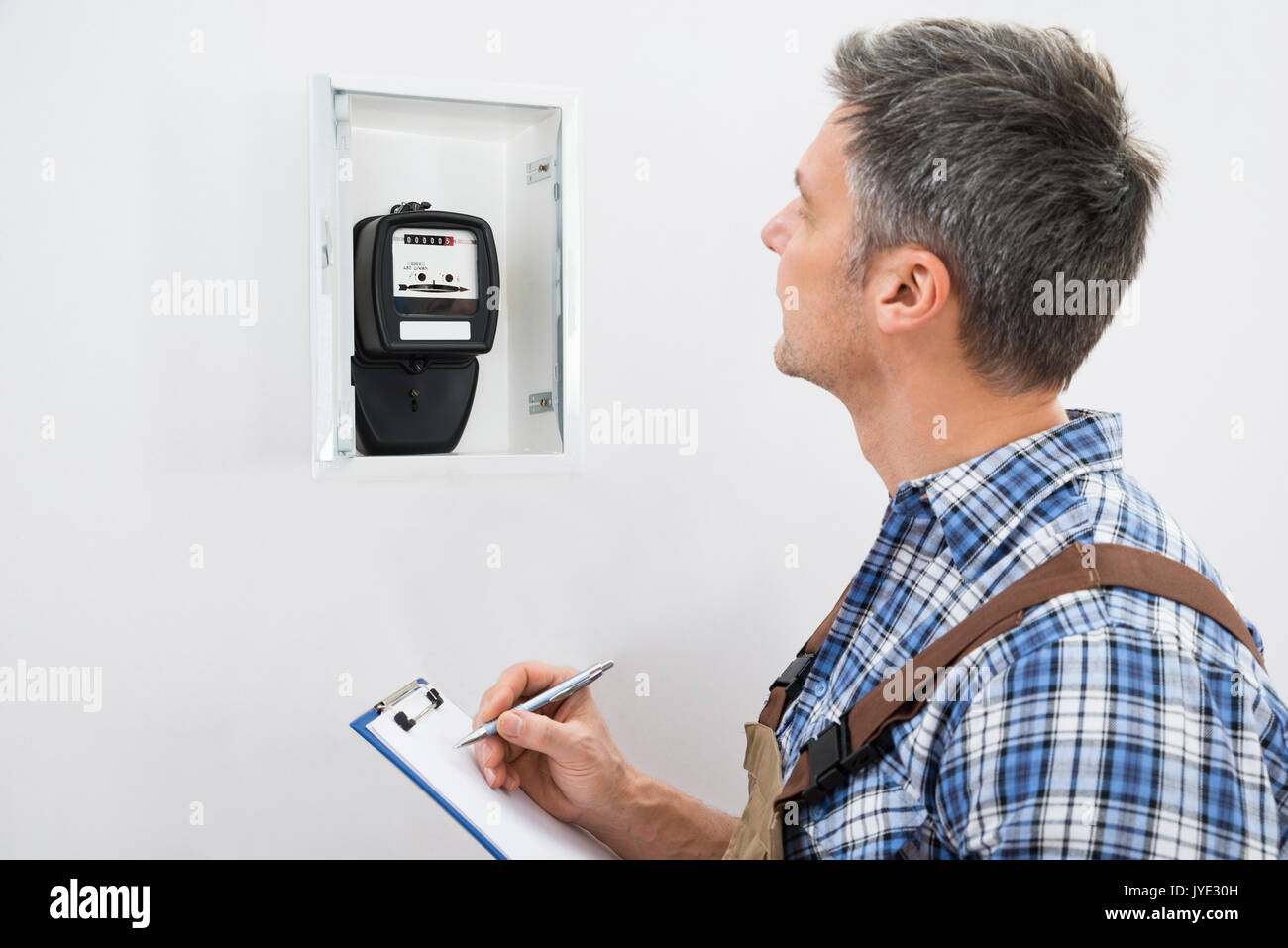Automatic Meter Reading Stock Photos & Automatic Meter