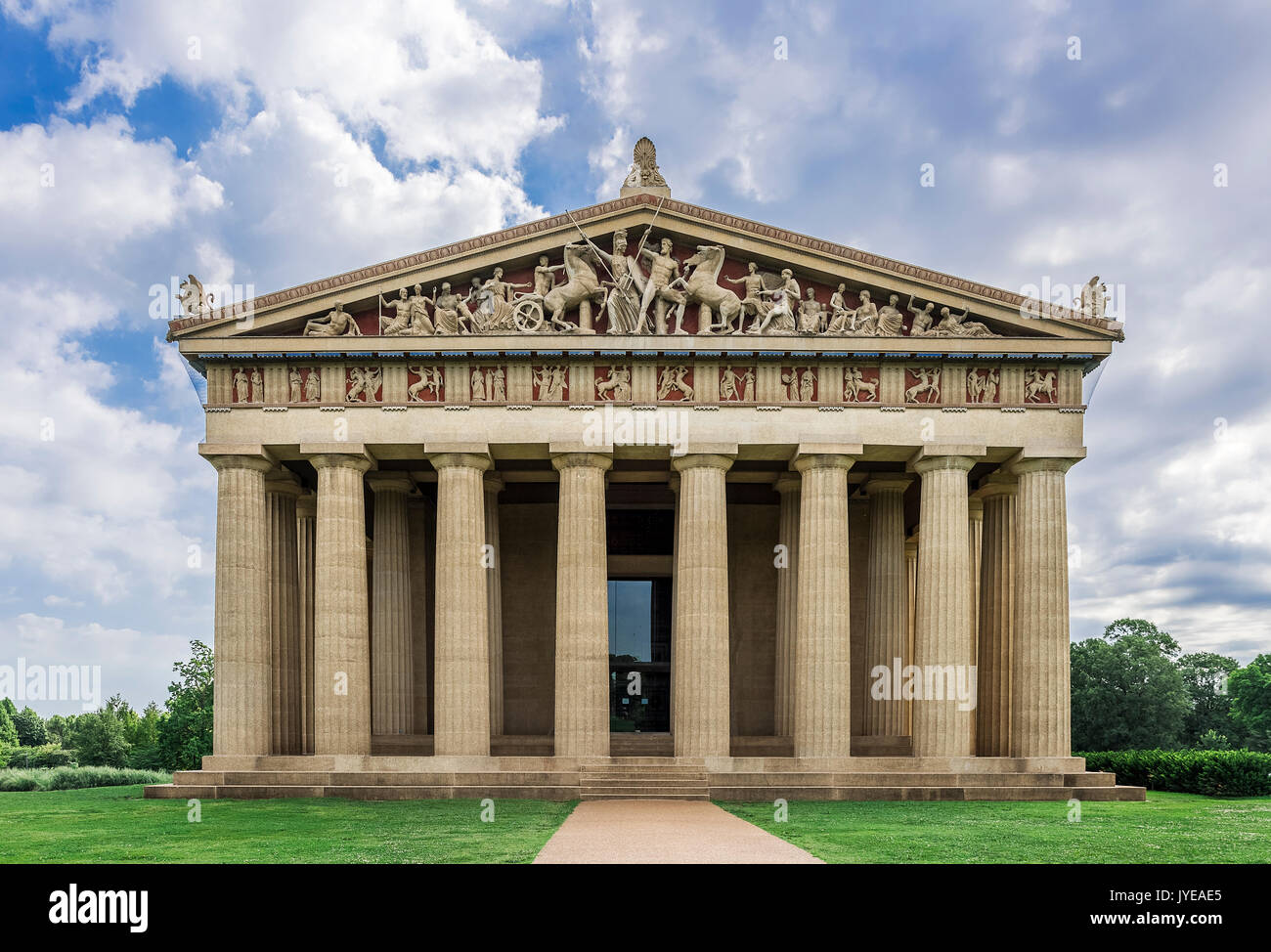 The Parthenon is  the centerpiece of Centennial Park, Nashville, Tennessee, USA. - Stock Image