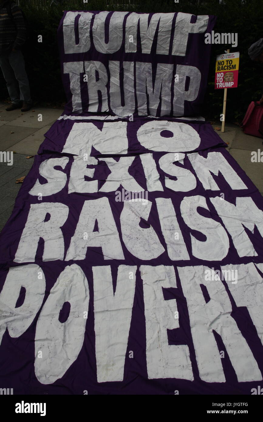 London, UK, 19th August 2017. A banner says 'Dum Trump, No Sexism, Racism, Poverty.  A protest against Donald Trump's recent statements against Krea and about events in charlottesville takes place outside the US embassy in London. Roland Ravenhill/Alamy Live News. - Stock Image