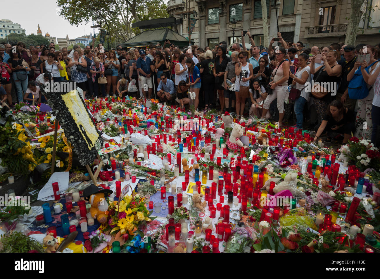 Barcelona, Catalonia, Spain. 19th Aug, 2017. Tributes to victims of Barcelona attack. Credit: Charlie Perez/Alamy Live News - Stock Image
