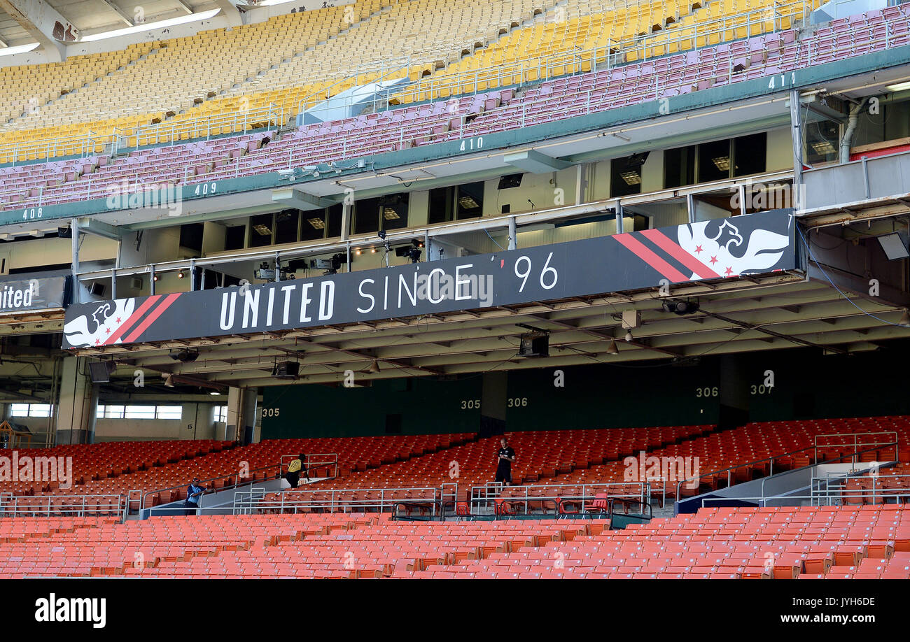 Washington, DC, USA. 5th Aug, 2017. 20170805 - A view of the press box at Robert F. Kennedy Memorial Stadium in Washington. The stadium, which opened in 1961 as District of Columbia Stadium, has served as the home of D.C. United of Major League Soccer since 1996. United will leave RFK for a new stadium in 2018. Credit: Chuck Myers/ZUMA Wire/Alamy Live News - Stock Image