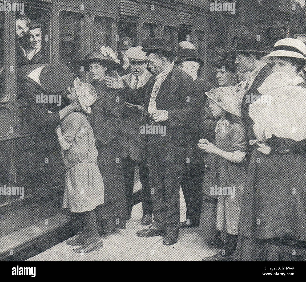Sailors saying farewell, departing for war, WW1 - Stock Image