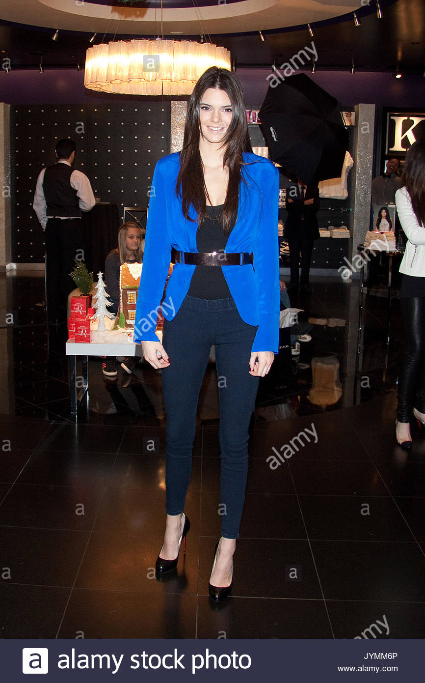 Kendall jenner kendall jenner and kylie jenner host their first fan kendall jenner and kylie jenner host their first fan meet and greet opportunity at kardashian khaos at the mirage hotel and casino in las vegas nv m4hsunfo