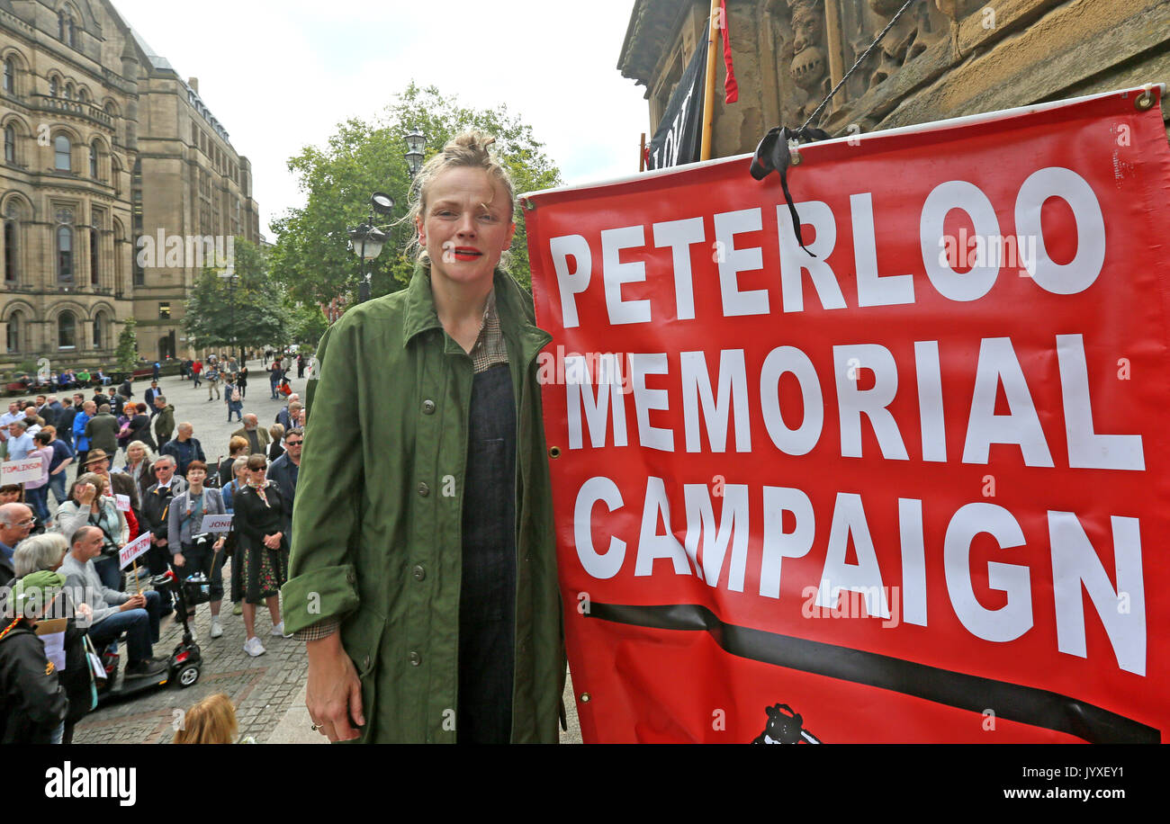 """Manchester, UK. 20th Aug, 2017. Actress, Maxine Peake standing with a banner which reads """"Peterloo Memorial Campaign"""" Stock Photo"""