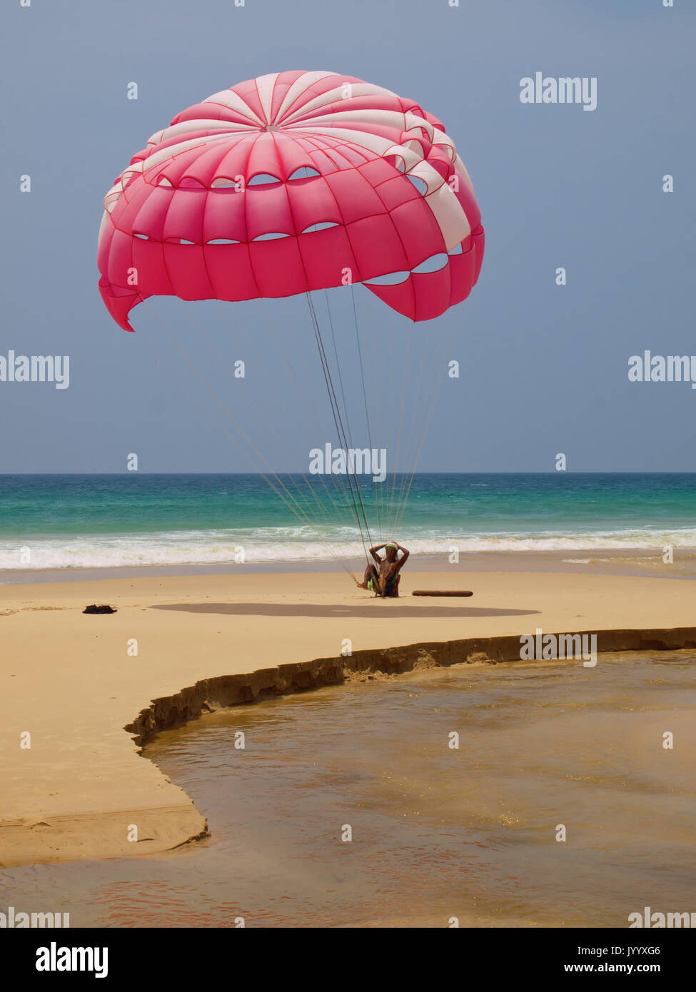 Paragliding Instructor at Karon Beach Phuket - Stock Image