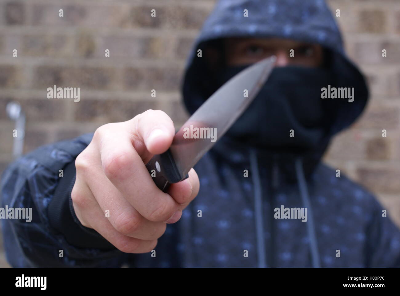 knife crime, teenagers carrying knives, murder - Stock Image