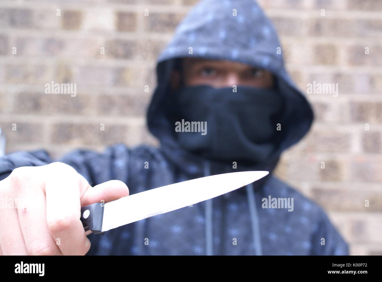 knife crime, teenagers carrying knife, stop and search - Stock Image