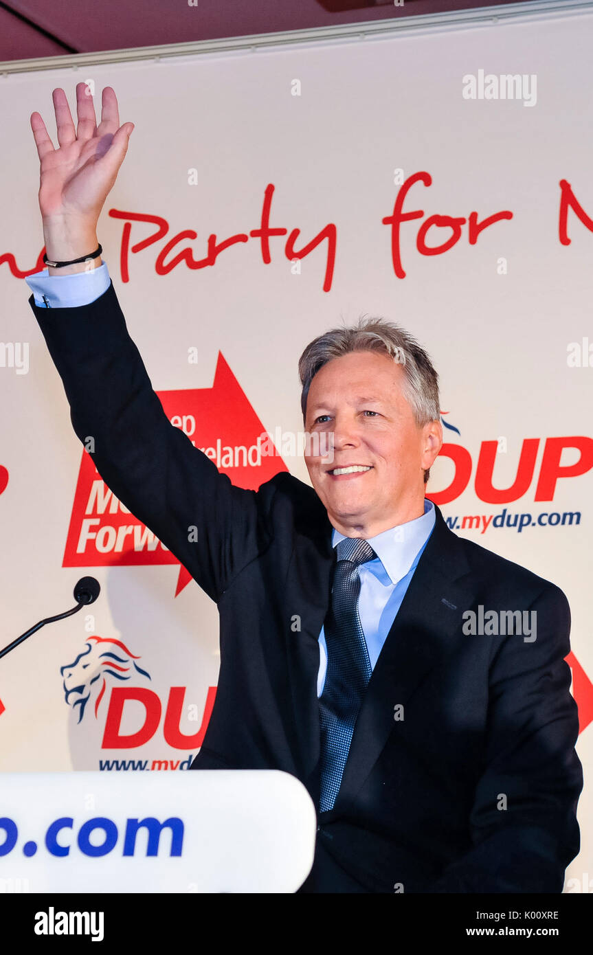 24th November 2012.  Belfast, Northern Ireland.  Democratic Unionist Party Leader, Peter Robinson, delivers the keynote speech at the annual conference. - Stock Image
