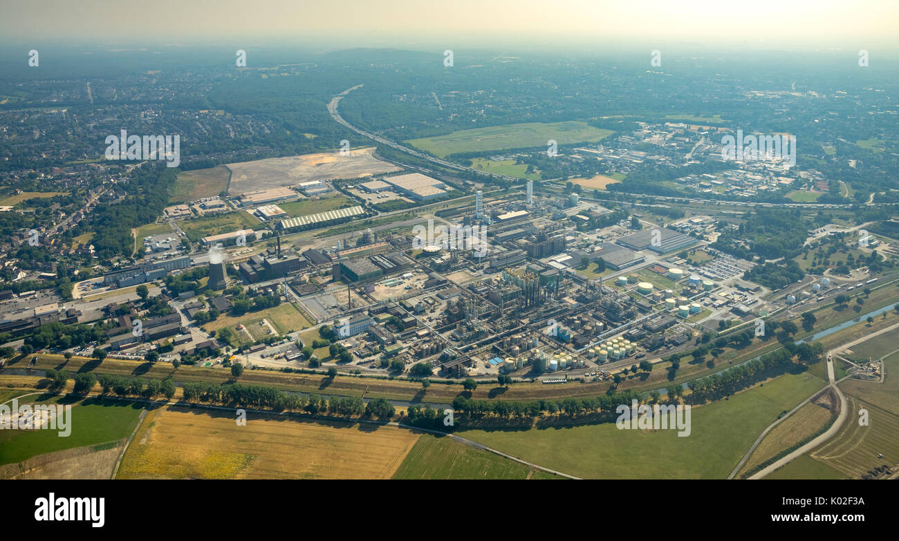 OXEA, formerly Ruhr chemistry, chemical plant emissions, Polimeri Europa GmbH, Oberhausen, Ruhr area, North Rhine-Westphalia, Germany, Europe, Aerial  - Stock Image