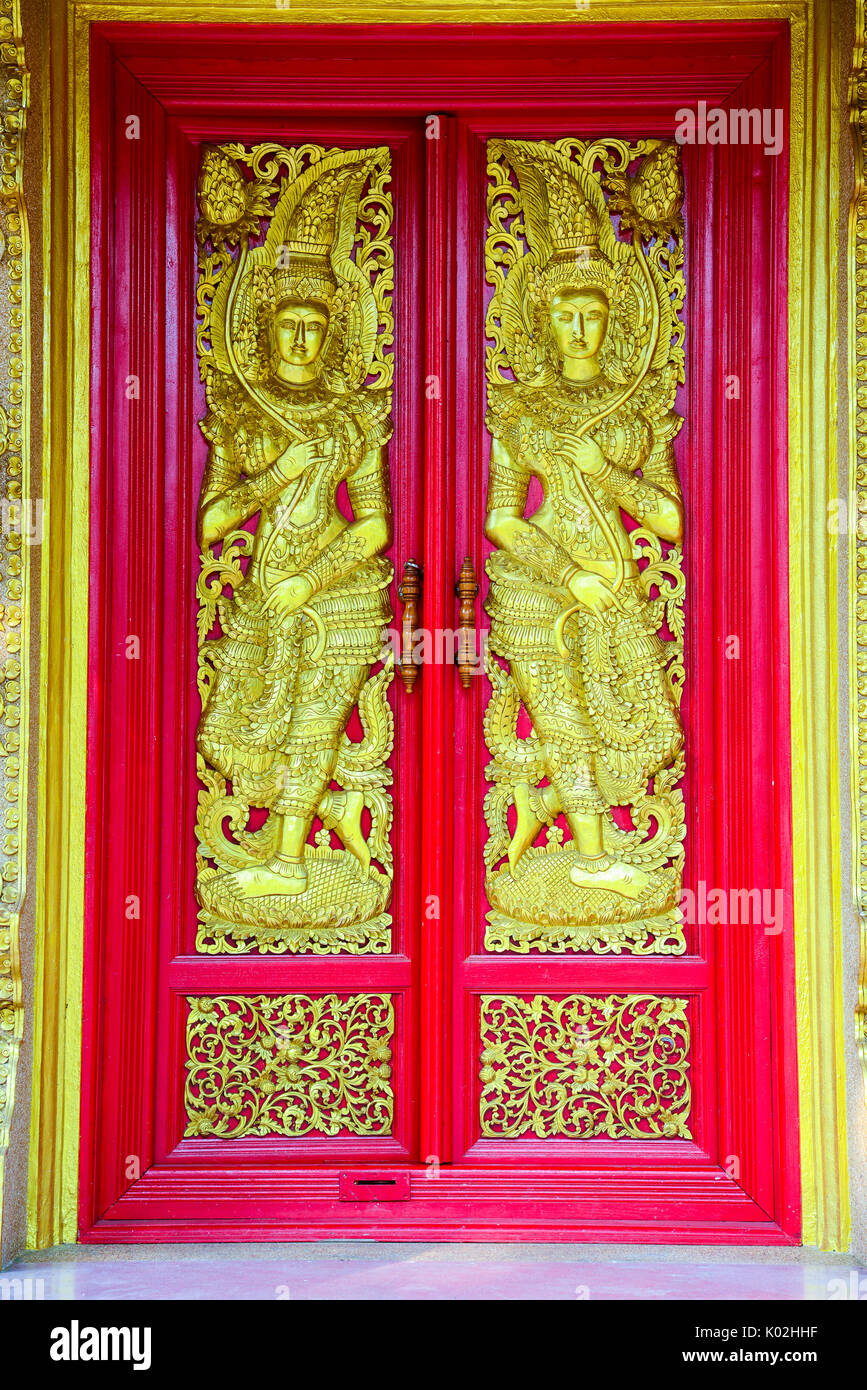 Wood Carving Buddhist Temple Door Stock Photos & Wood Carving ...