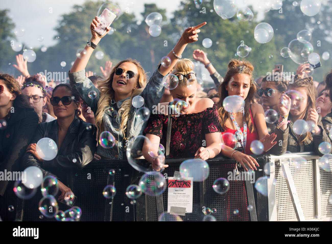 Music fans at Hylands Park,Chelmsford,Essex on Sunday,August 20th at this years V Festival. Stock Photo