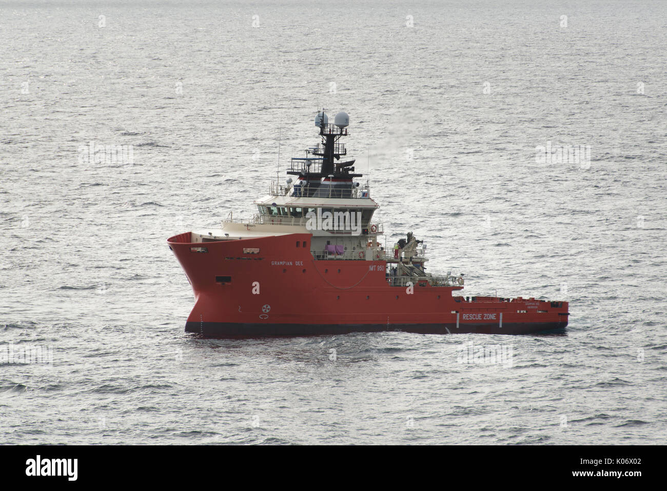 The Grampian Dee North Sea oil and gas standby safety EERV Vessel. credit: LEE RAMSDEN / ALAMY - Stock Image