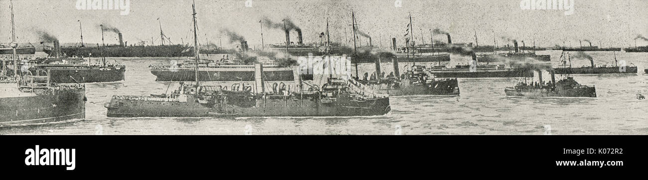 Canadian forces transports on the St lawrence, bound for Plymouth, WW1 - Stock Image