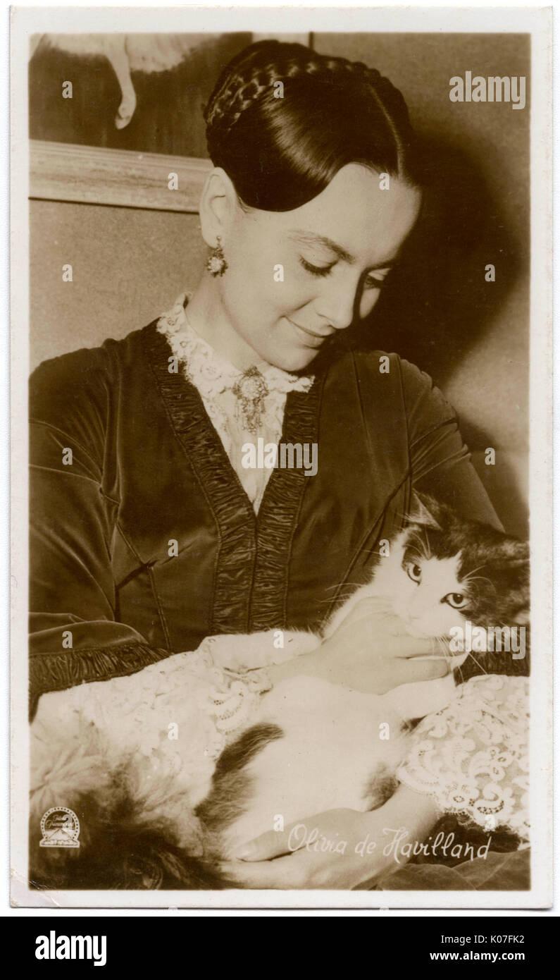 picture Olivia de Havilland (born 1916 (naturalized American citizen