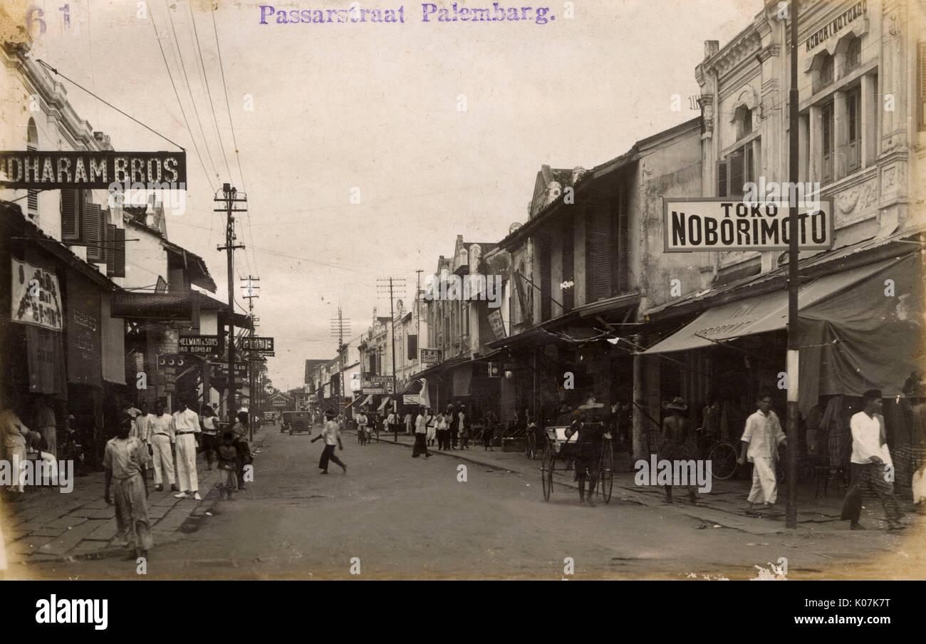 Passar Street in Palembang, South Sumatra, Dutch East Indies (now Indonesia),      Date: circa 1920 - Stock Image