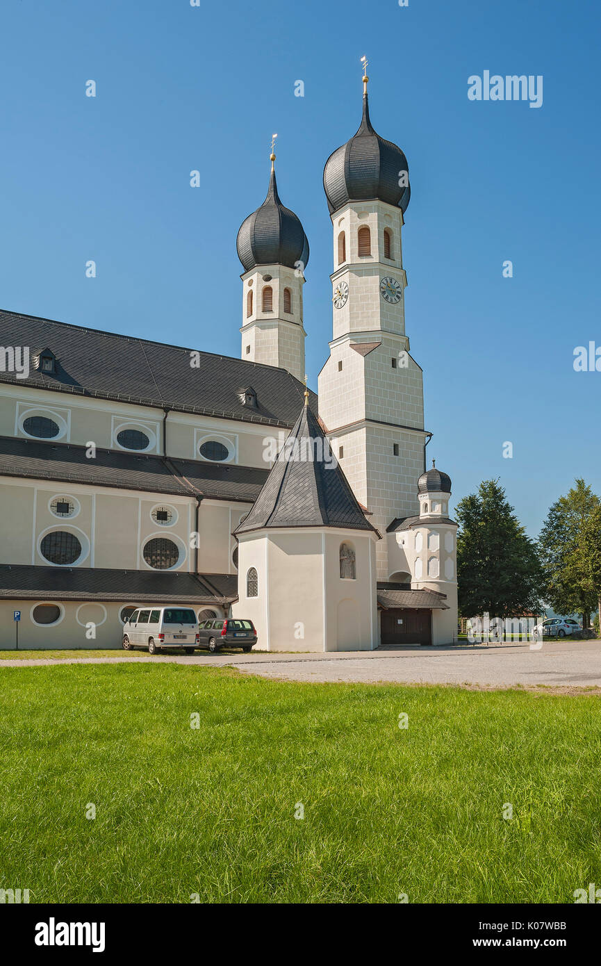 Pilgrim church of the Holy Trinity in Weihenlinden, Bruckmühl, Upper Bavaria, Bavaria, Germany - Stock Image