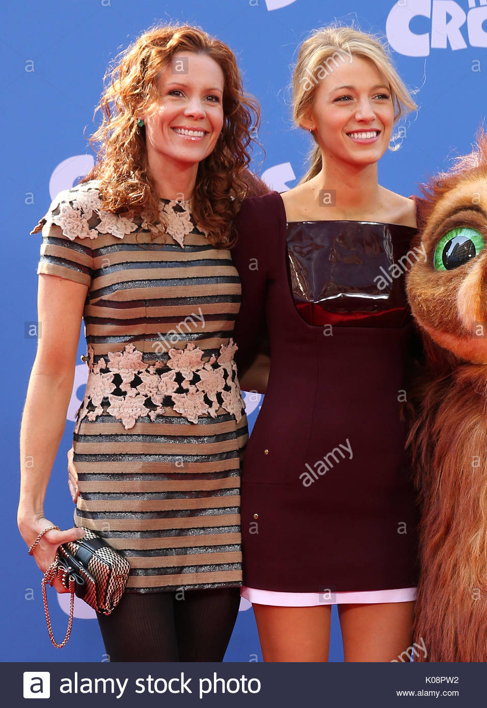 blake lively and robyn lively actress blake lively wearing a