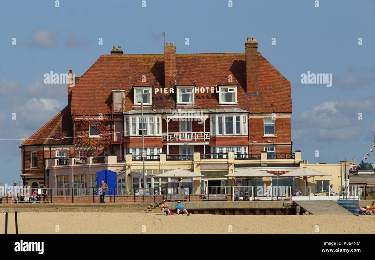 The Pier Hotel and Gorleston beach, Norfolk, England, on a Sunday in August, 2017 - Stock Image