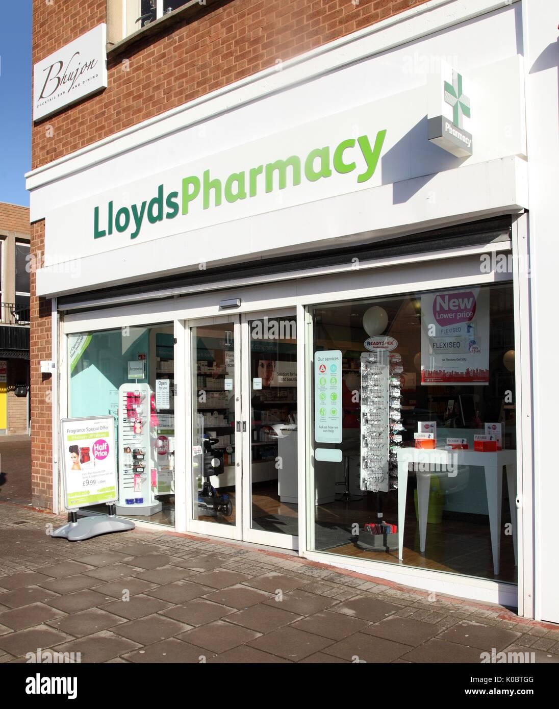 Lloyds pharmacy in Four Oaks, West Midlands, chemist shop, pharmacists, drug store exterior. - Stock Image