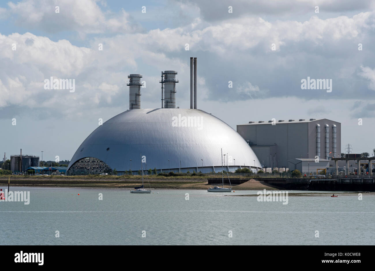 MRF Marchwood the aluminium cladded dome building on Southampton Water UK. The unit processes non recyclable waste to produce electricity. - Stock Image