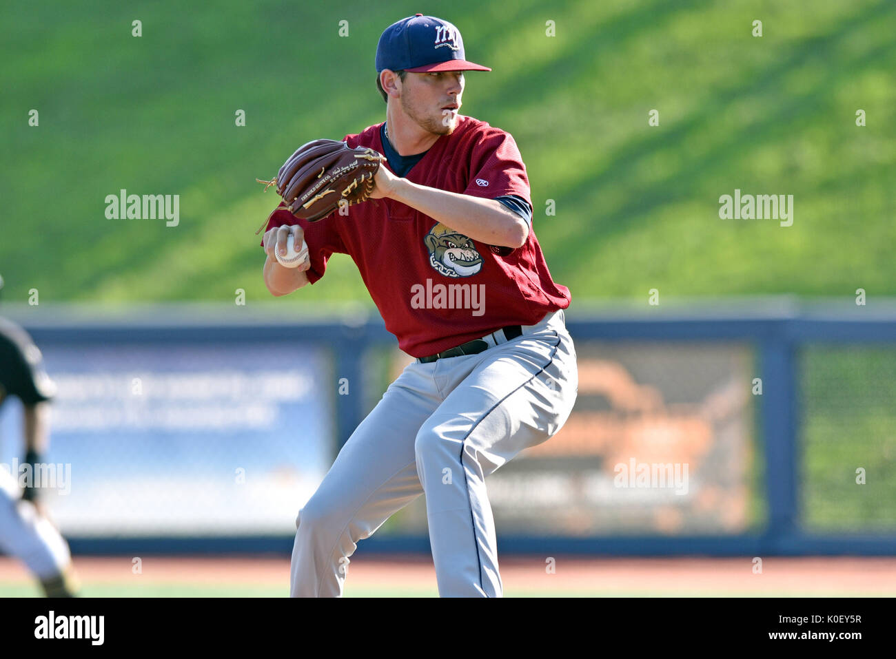 Morgantown, West Virginia, USA. 20th Aug, 2017. Mahoning Valley Scrappers pitcher RILEY ECHOLS (35) pitches during the August 20, 2017 New York-Penn league game at Monongalia County Ballpark in Morgantown, WV. Credit: Ken Inness/ZUMA Wire/Alamy Live News - Stock Image