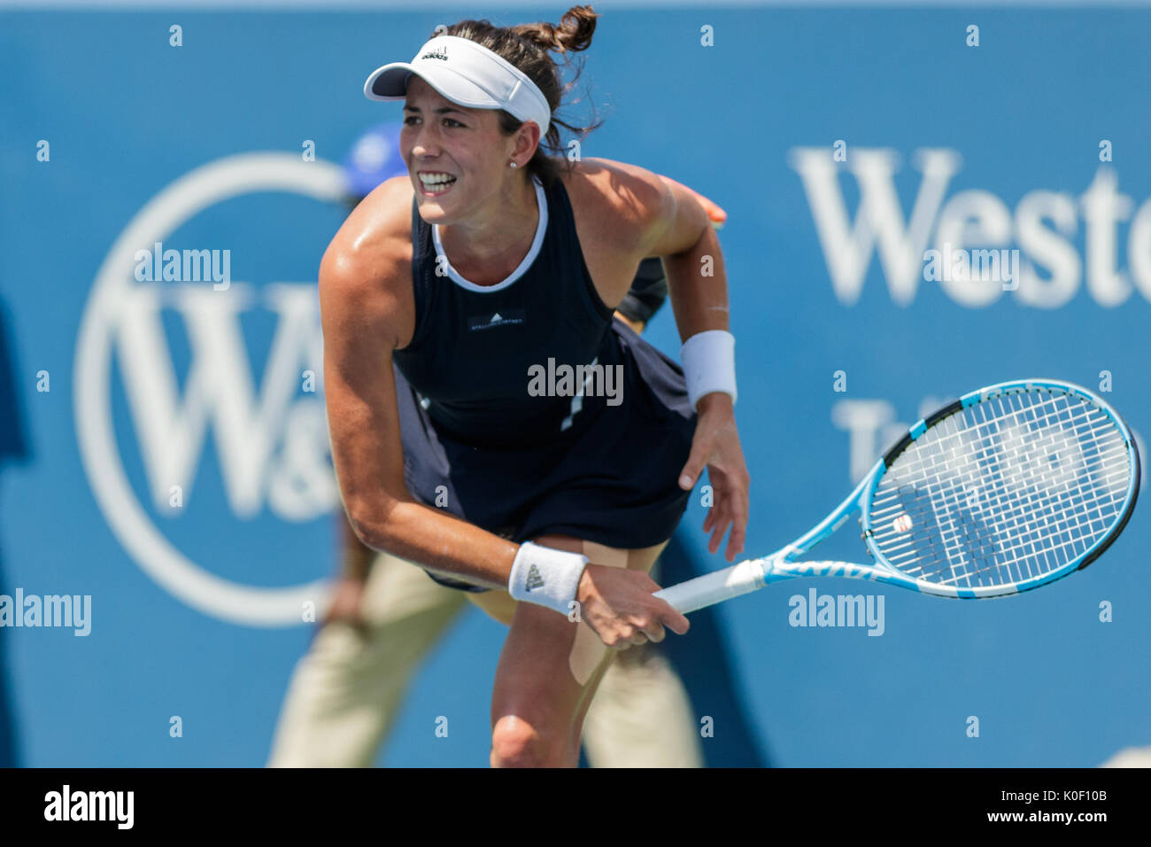 August 20, 2017: Garbine Muguruza (ESP) in action during the final match at the 2017 Western & Southern Open tennis tournament being played at the Linder Family Tennis Center in Mason, Ohio. Adam Lacy/CSM - Stock Image