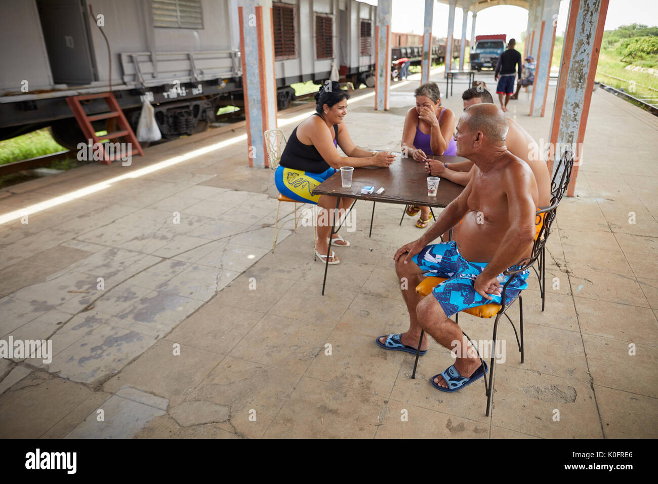 Cuban, Cuba, Cardenas, San Martin station locals on the platform - Stock Image