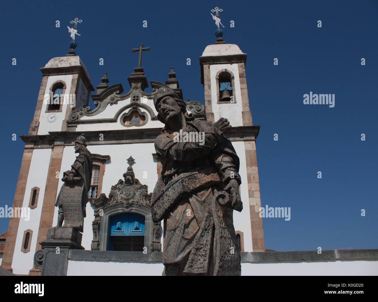 Sanctuary of Bom Jesus de Matosinhos (UNESCO World Heritage Site), and the Prophets sculptures by Aleijadinho - Congonhas, Minas Gerais, Brazil - Stock Image