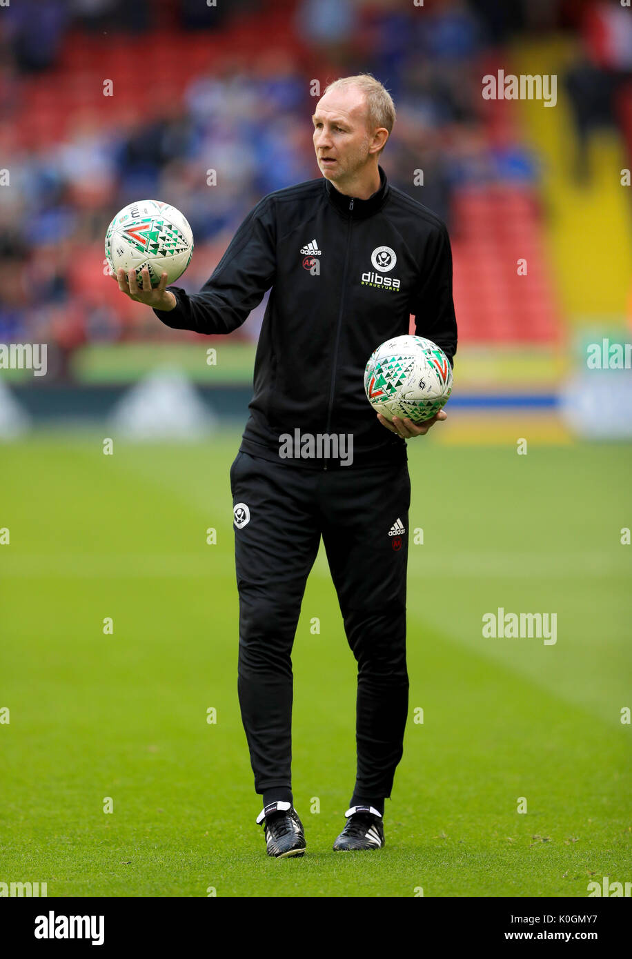 Sheffield United Assistant Manager Alan Knill during the Carabao Cup, Second Round match at Bramall Lane, Sheffield. PRESS ASSOCIATION Photo. Picture date: Tuesday August 22, 2017. See PA story SOCCER Sheff Utd. Photo credit should read: Tim Goode/PA Wire. RESTRICTIONS: EDITORIAL USE ONLY No use with unauthorised audio, video, data, fixture lists, club/league logos or 'live' services. Online in-match use limited to 75 images, no video emulation. No use in betting, games or single club/league/player publications. - Stock Image