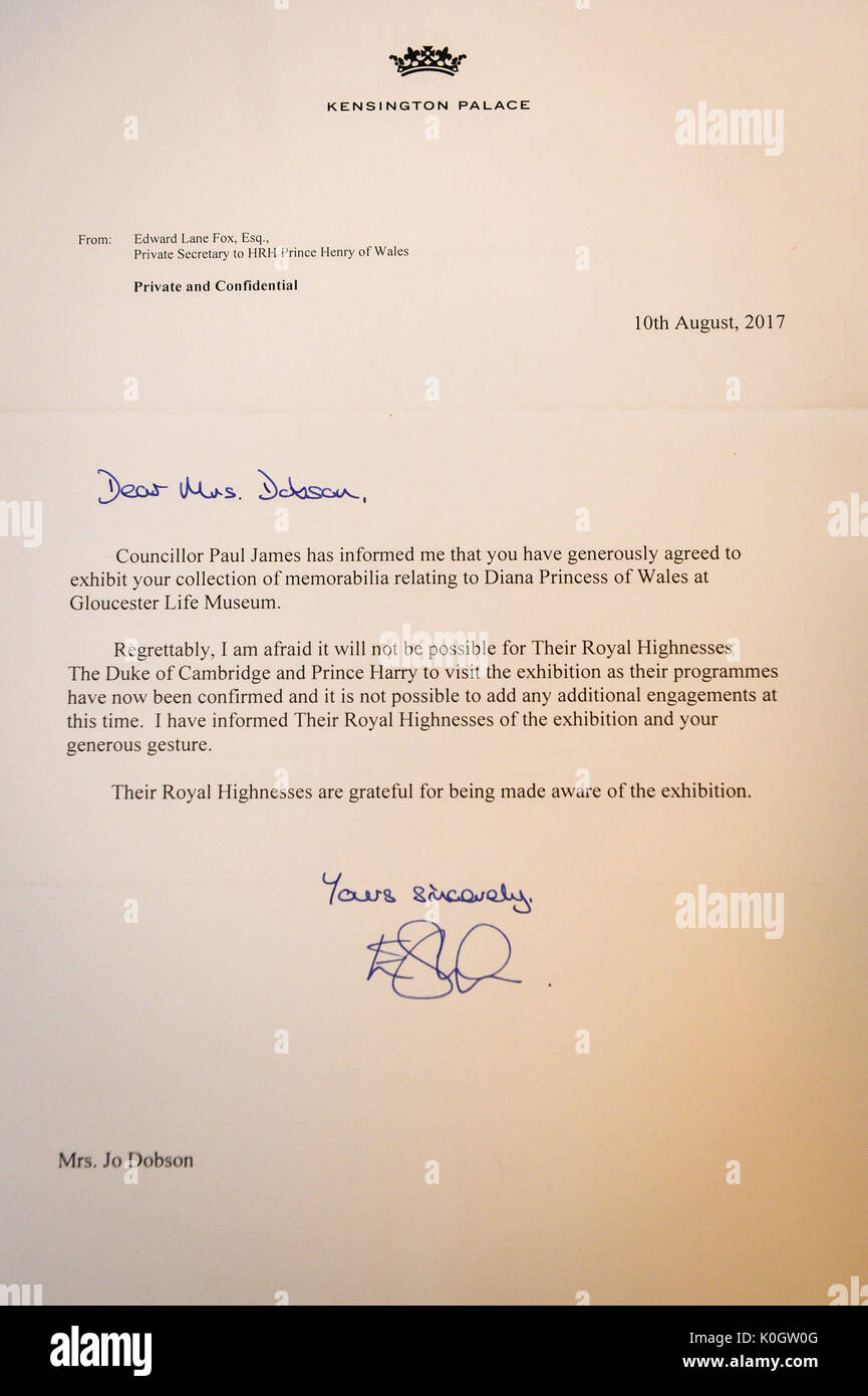 A letter from kensington palace sent to jo dobson after she invited a letter from kensington palace sent to jo dobson after she invited stock photo 155264160 alamy stopboris Image collections
