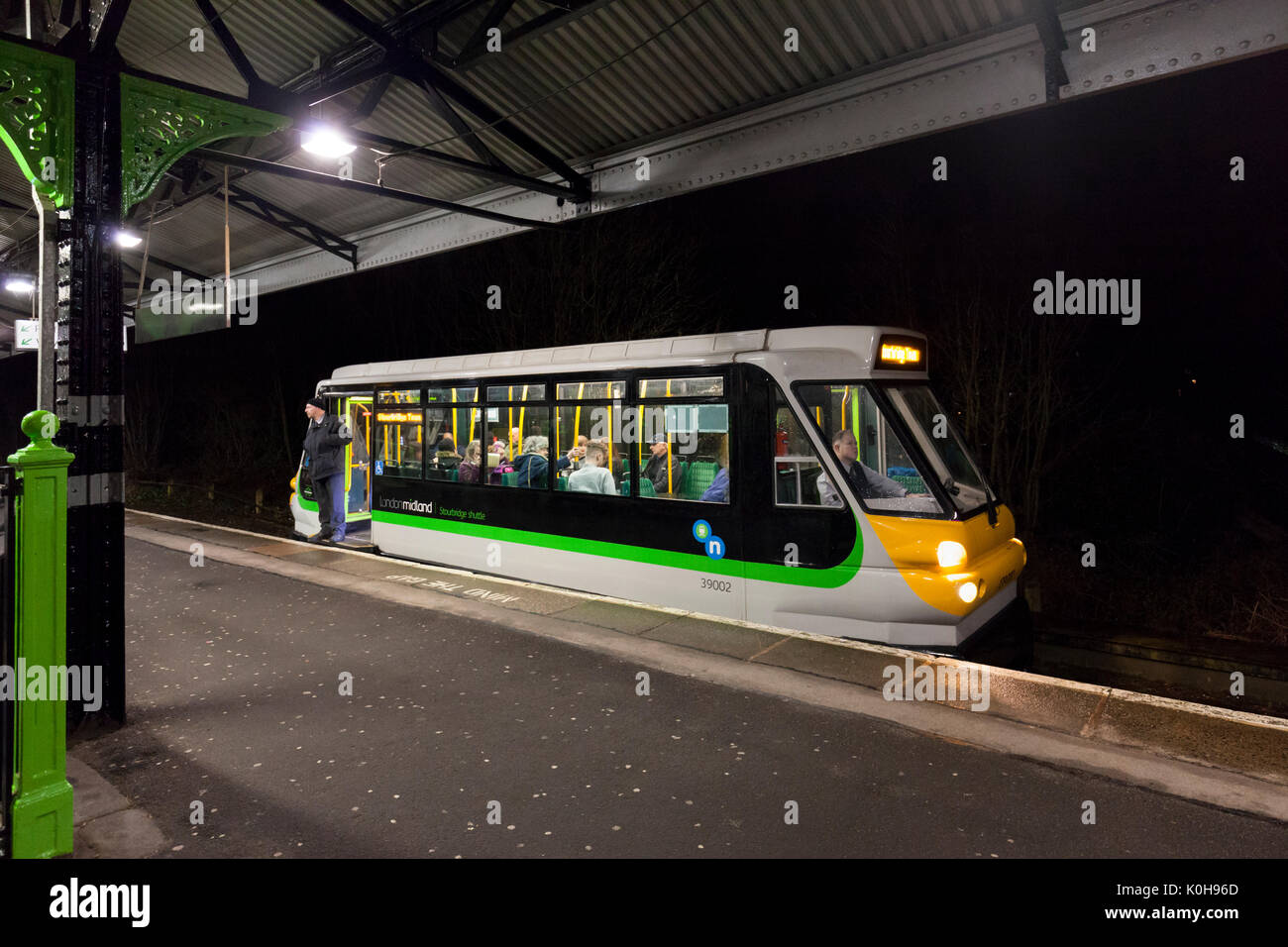 The 1855 Stourbridge Jn - Stourbridge town waits to depart from Stourbridge junction, formed of a PPM 60 Parry people mover railcar - Stock Image