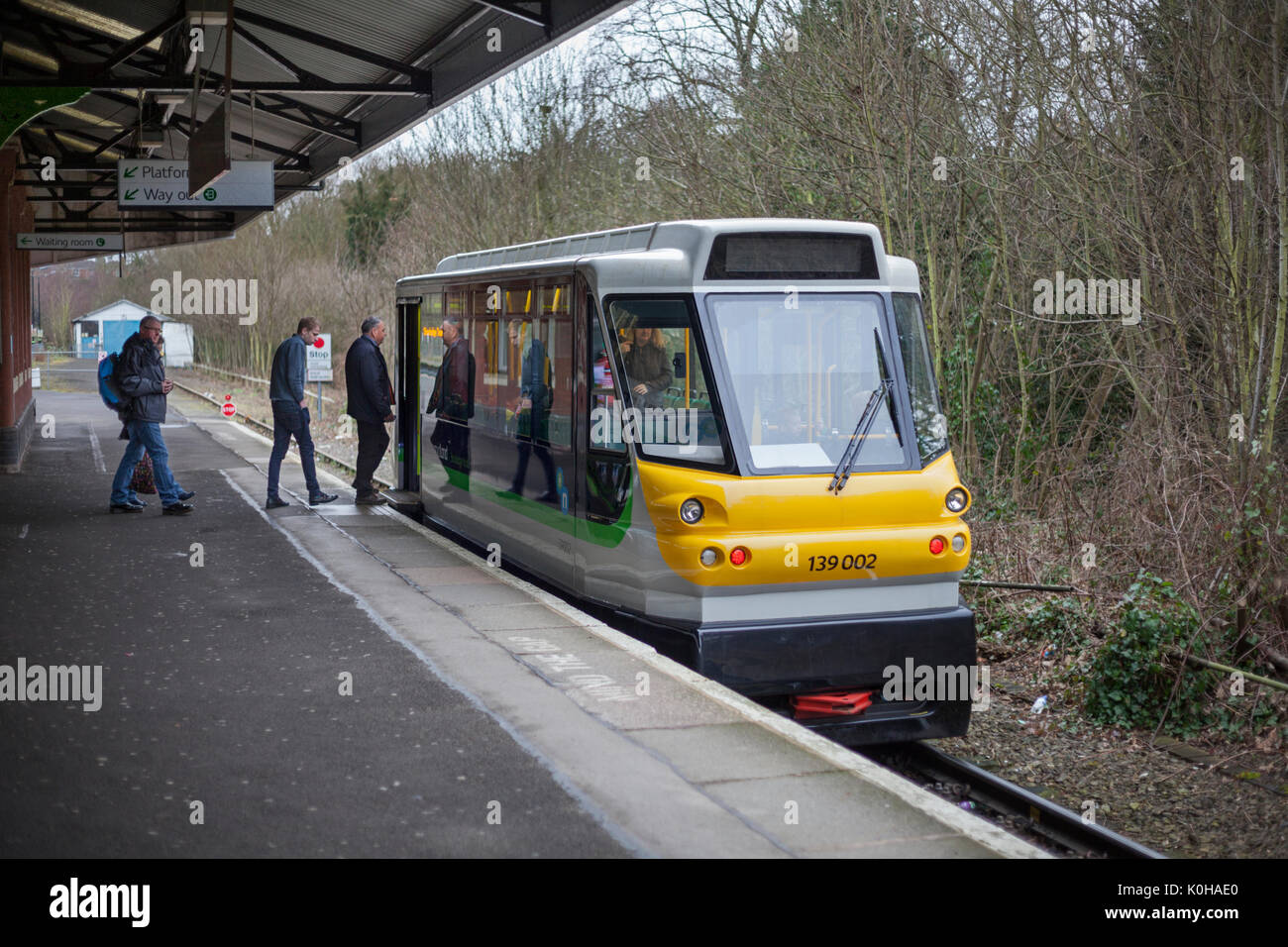Parry people mover 139002 at Stourbridge junction with the 1035 Stourbridge Jn - Stourbridge Town - Stock Image
