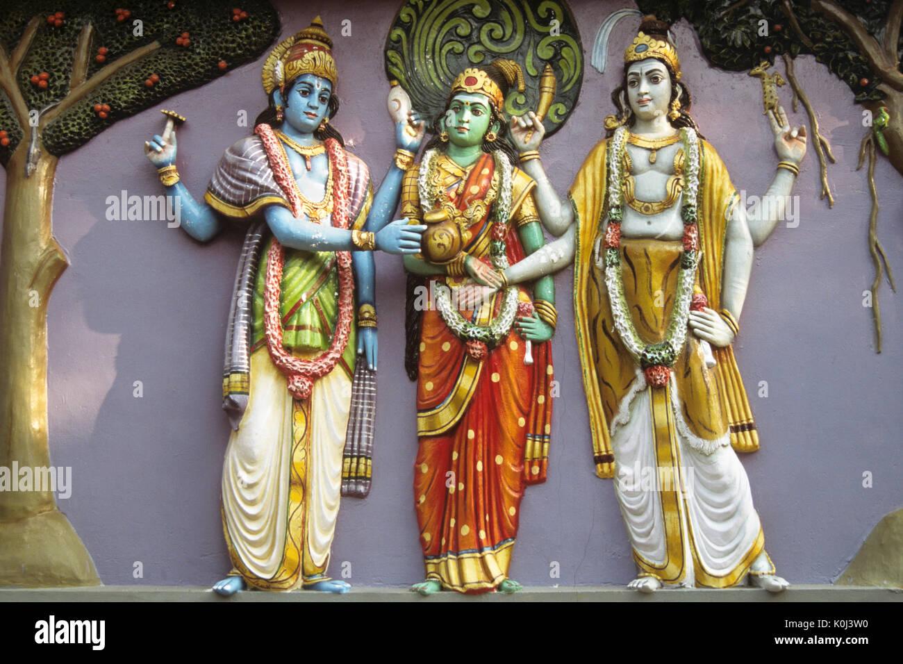 Colorful figures on Hindu temple, Tamil Nadu, India - Stock Image