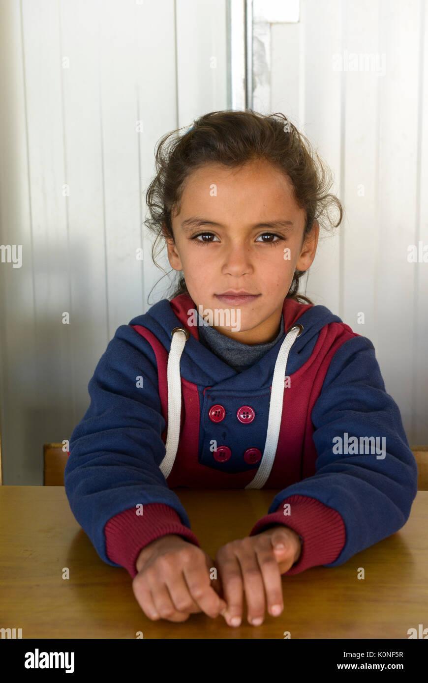 LEBANON Deir el Ahmad, a maronite christian village in Beqaa valley, school for syrian refugee children / LIBANON Deir el Ahmad, ein christlich maronitisches Dorf in der Bekaa Ebene, Schule der Good Shepherds Sisters der maronitischen Kirche fuer syrische Fluechtlingskinder - Stock Image
