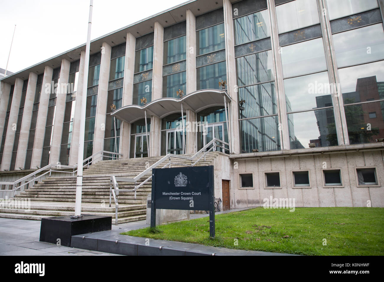 A view of Manchester Crown Court Stock Photo: 155368347 - Alamy