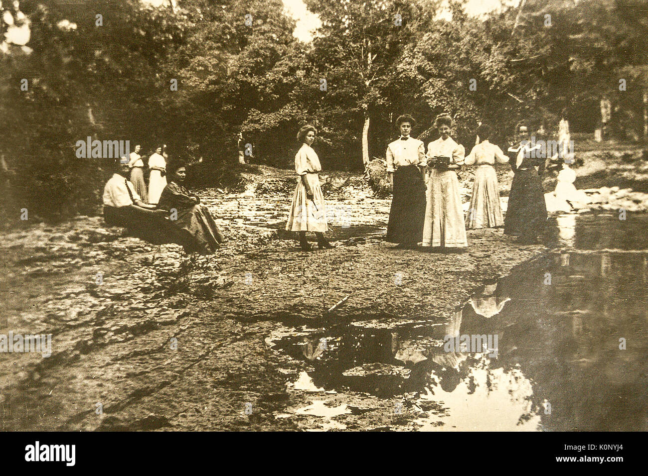A Group of ladies gathered down by the river in Minnesota in 1907 1908 Stock Photo