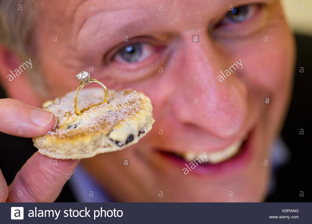 Clive Ranger with the Welsh Cake. Welsh gold, sparkling diamonds and ...
