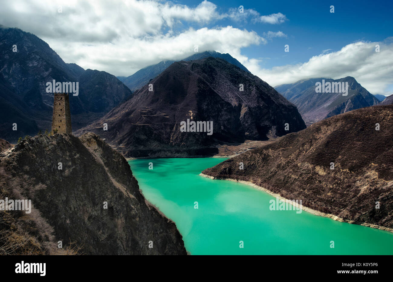 Tibetan plateau reservoir, Northern Sichuan, China - Stock Image