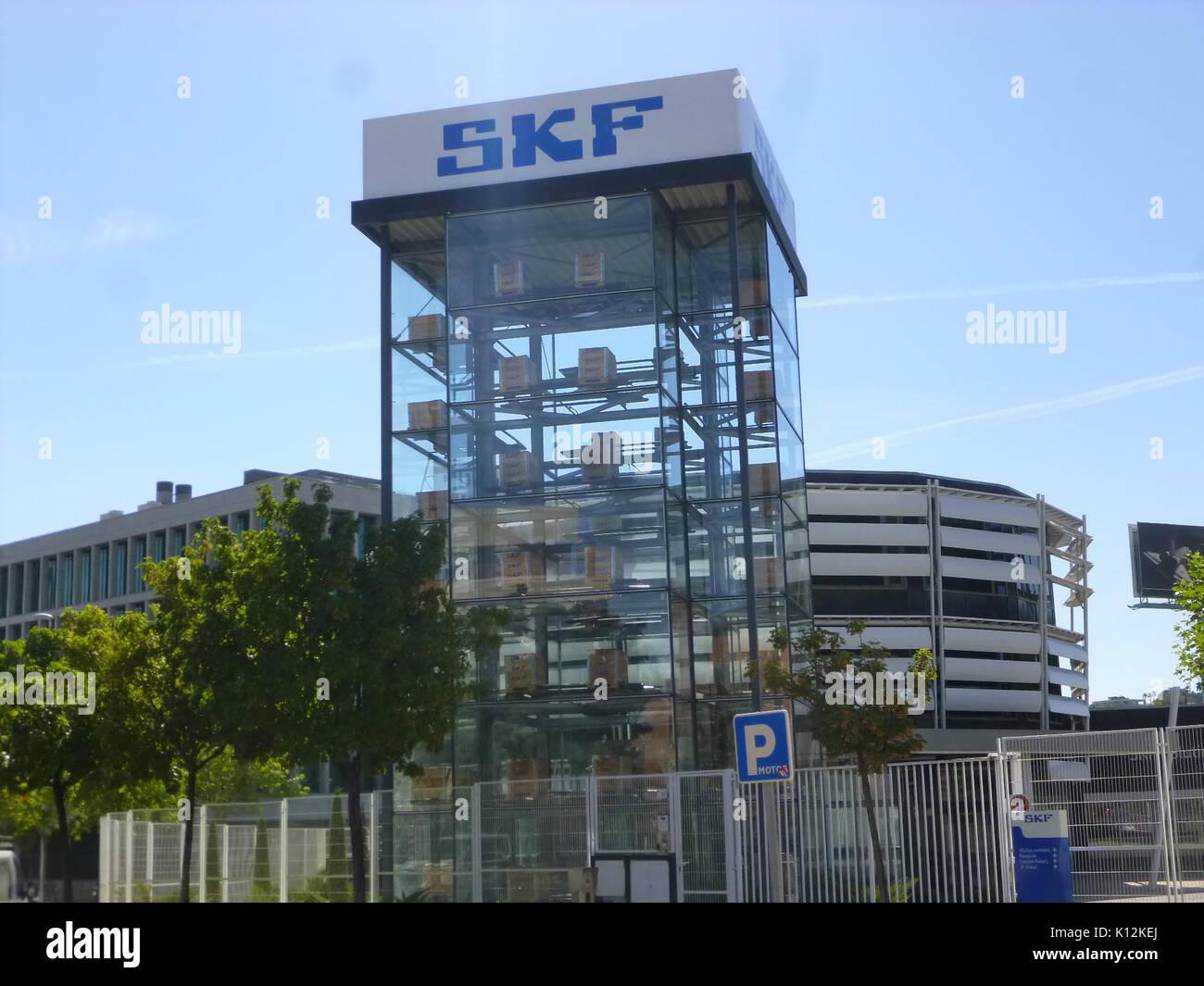 Alcobendas   La Moraleja, Parque Empresarial Arroyo de la Vega, Oficinas de SKF (3) - Stock Image