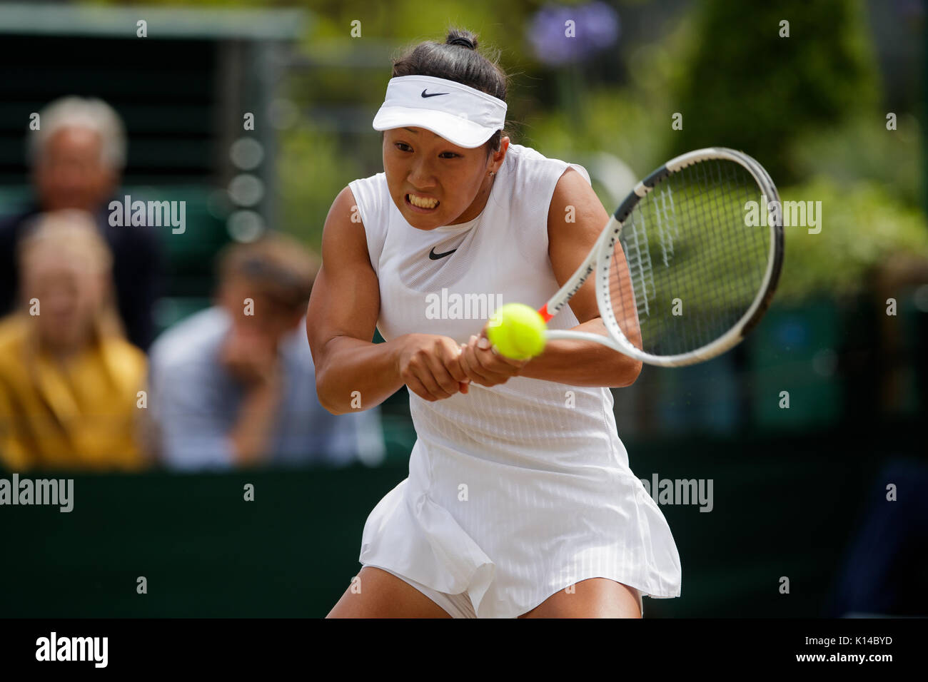 Claire Liu of the USA at the Girls Singles - Wimbledon Championships 2017 - Stock Image