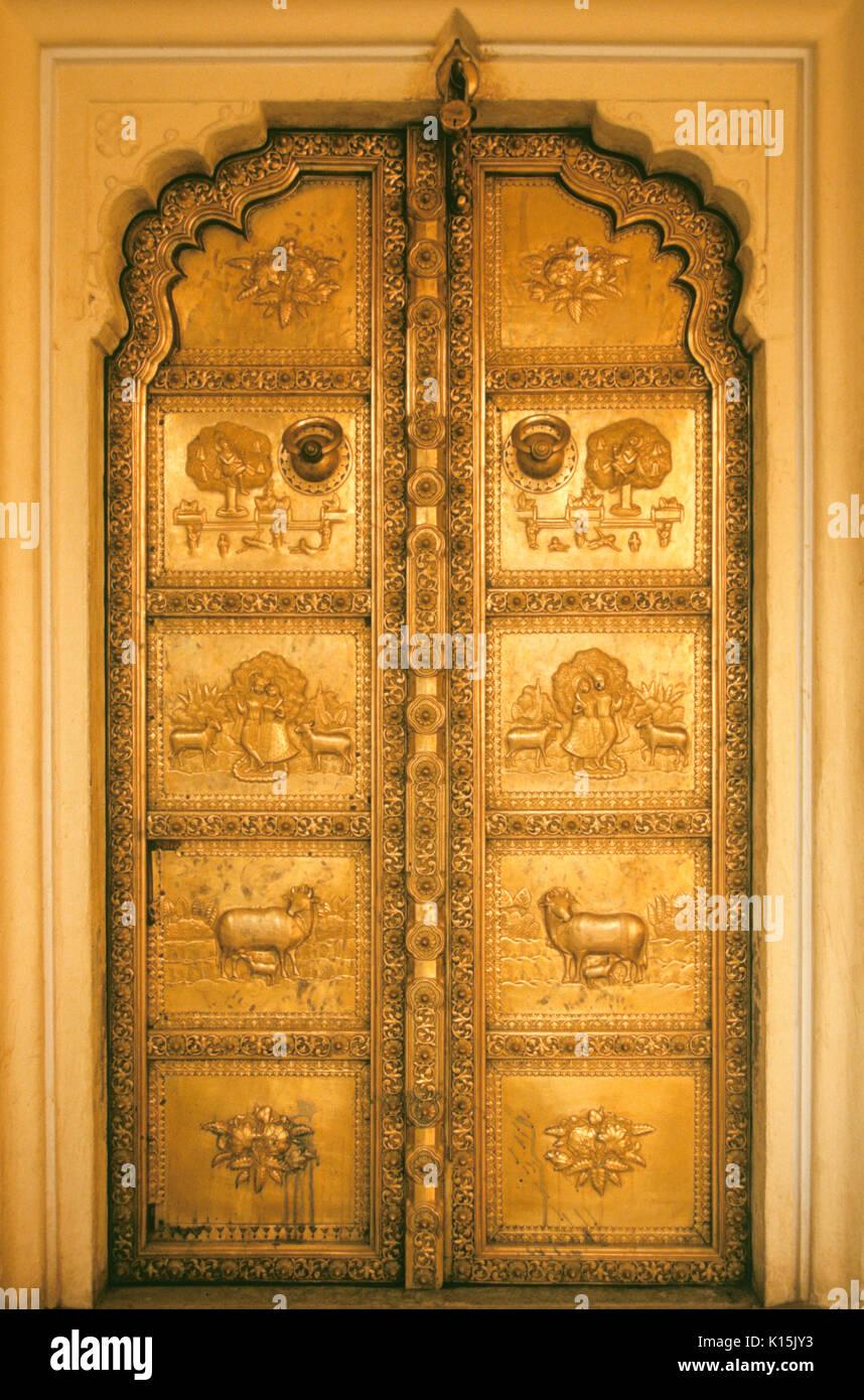 Ornate gold door at Mahajarau0027s City Palace Jaipur Rajasthan India & Ornate gold door at Mahajarau0027s City Palace Jaipur Rajasthan India ...